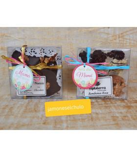 Caja regalo Felicidades 2: aceite, embutidos, lomo orza, queso, queso y chocolates