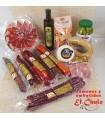 Lote surtido de embutidos artesanos, jamón, aceite, aceitunas, regañás, queso, etc