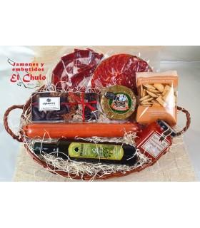 cesta-regalo-elogio-ibéricos-loncheados-queso-regañas-mermelada-chocolates